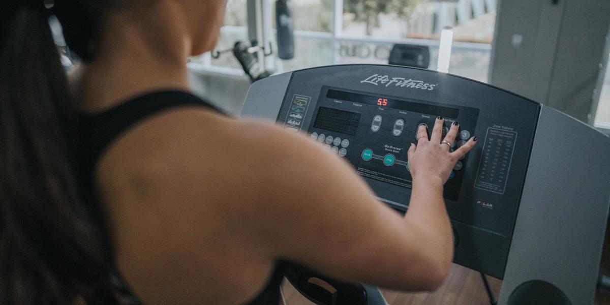 Focus-Gym-Cardio-Equipment-Treadmill